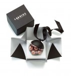Lakrids by Johan Bülow 2016 Weihnachtskugel Rose Gold Lakritz Cherry Choc